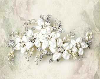 Bridal hair clip Bridal headpiece  Flower headpiece Rhinestone hair clip  Wedding hair clip  Bridal hair comb
