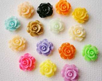 30 Resin Rose/Flower 13mm Mixed Color Cabochons.