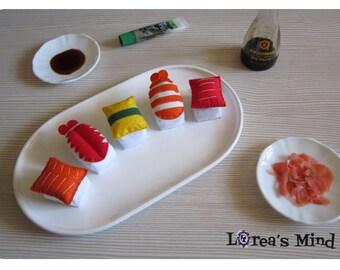 Nigirizushi keychains. Sushi felt keychains. Sushi keyrings.