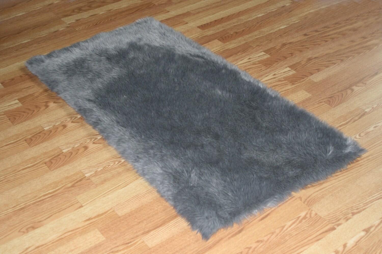 5' X 8' Gray Faux Fur Rug Non-slip Washable Soft Look