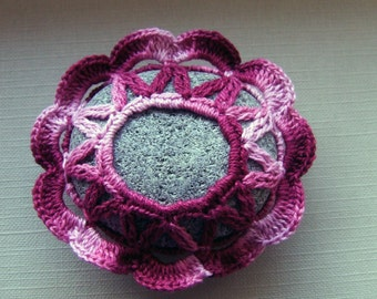 Stone decorated with crochet yarn shaded red-purple color P036