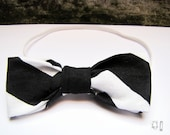 Black and White Chevron Bow Tie from Urban Infant