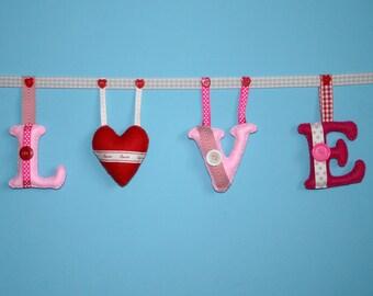 Felt LOVE bunting