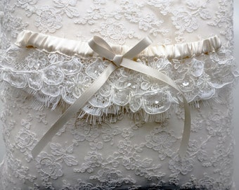 Silk garter with beaded lace, 'Annabelle'