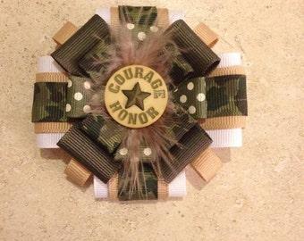 Military hair bow
