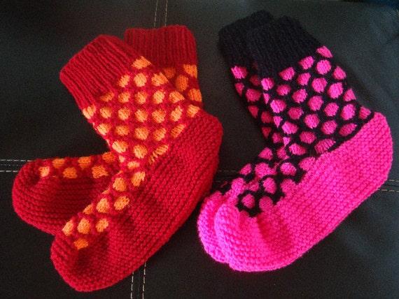 Knitting Patterns For Funky Socks : Funky Spotty Socks Knitting Pattern