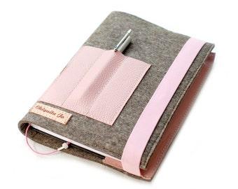 Calendar-book cover · Felt & leather pink