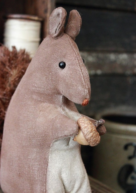 Primitive Fall Autumn Squirrel  EPattern