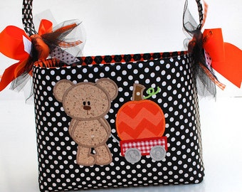 Halloween Trick or Treat bag basket fabric Applique bear pumpkin