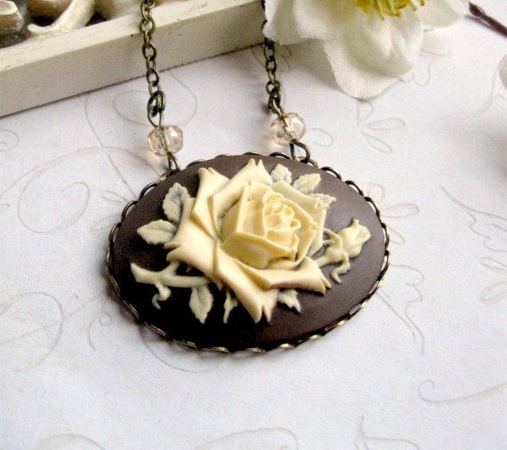 Vintage style rose cameo necklace, brown, large pendant