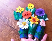 Pattern for Flower Finger Puppets felt glue or stitch digital pdf