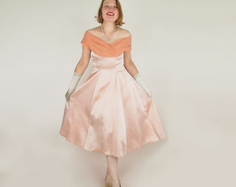 SALE 50s Iridescent Peach & Orange Satin Party Dress / Formal S