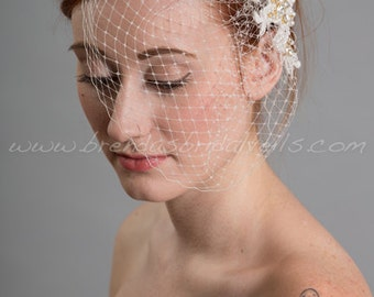 Wedding Birdcage Veil with Ivory Lace Bridal Hair Piece, Pearl and Lace Wedding Hair Comb, Birdcage Veil with the Jillian Lace Fascinator