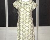 Vintage Leslie Fay 50s Embroidered Twiggy Mini Dress 60s Mod Madmen Wiggle Dress
