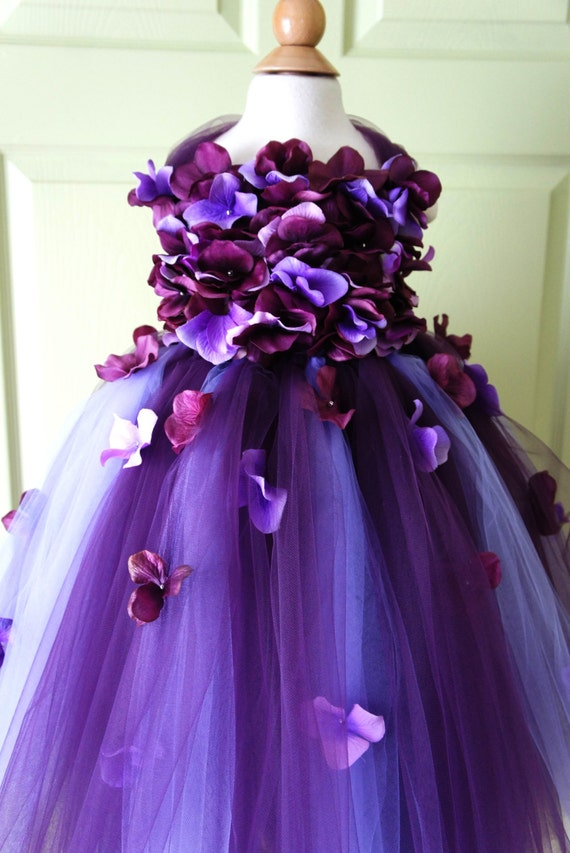 Flower Girl Dress, Tutu Dress, Photo Prop, in Purple and Lavender, Flower Top, Tutu Dress