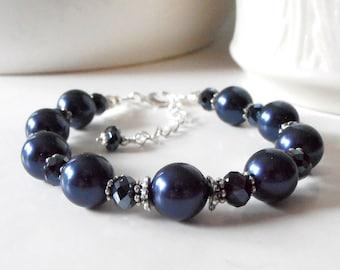 Navy Blue Bridesmaid Bracelets, Swarovski Pearl Bracelet with Navy Crystals, Beaded Bridesmaid Jewelry, Navy Wedding Sets, Bridesmaid Gifts