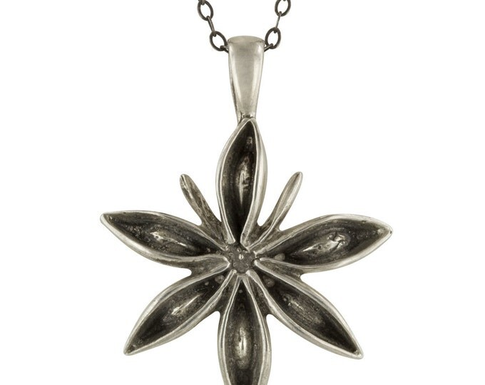 Small Silver Star Anise Seed Pendant Necklace