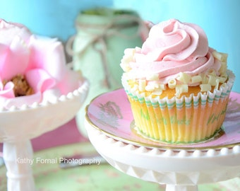 Cupcakes Photo, Shabby Chic Cupcake, Dreamy Cupcakes Wall Art, Pink Cupcakes Kitchen Decor, Cupcakes Wall Art Home Decor, Cupcake Art Prints