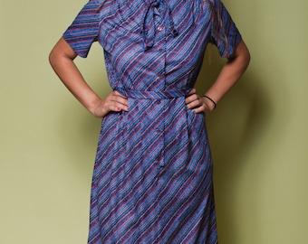 Vintage Blue STRIPED ASCOT Dress /  70s Montgomery Ward SECRETARY Dress / Womens Large