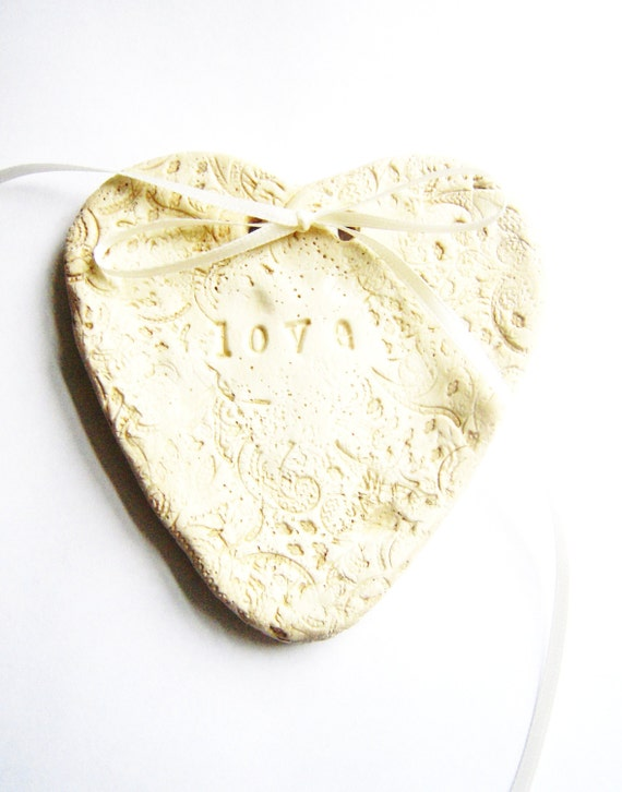 Ring Bearer Bowl Dish Wedding Ring Holder Heart Ring Plate Pillow Alternative Lace Ivory Vintage Shabby Chic Rustic Wedding Theme
