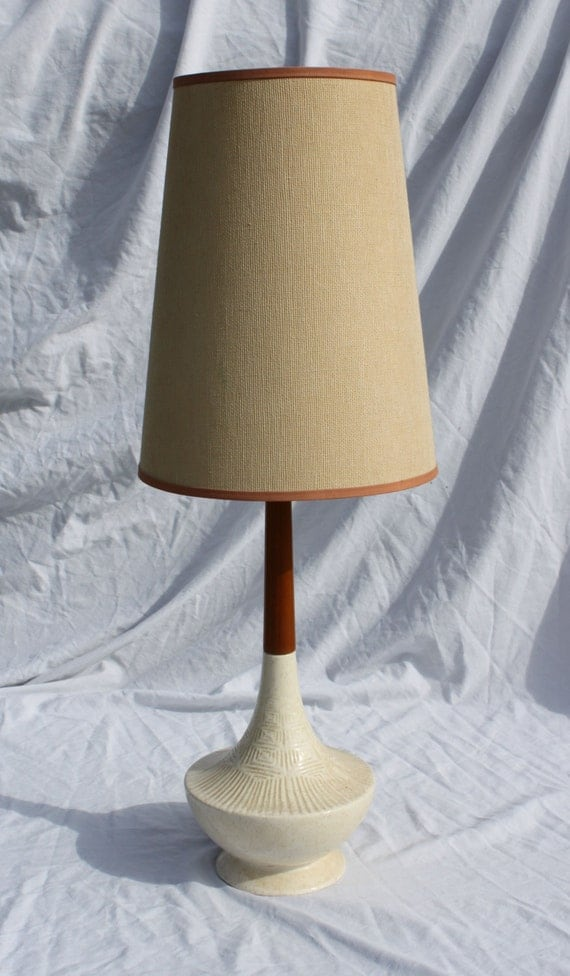vintage danish modern wood and ceramic table lamp with shade. Black Bedroom Furniture Sets. Home Design Ideas