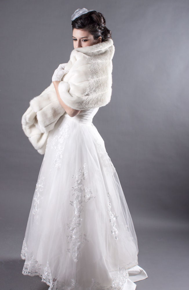 Faux fur mink bridal wrap ivory for Wedding dress cleaning seattle