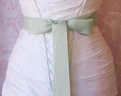 Seafoam Green Grosgrain Ribbon, 1.5 Inch Wide Sea Glass Bridal Sash, Pale Spring Green Grosgrain Wedding Belt, Willow Green, 4 Yards