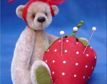 Bearie Pincushion complete sewing kit for a miniature bear