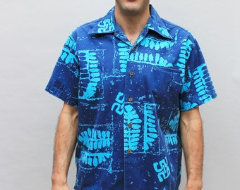 60s vintage men's Hawaiian shirt, navy, teal blue, tropical, abstract, tiki, Medium