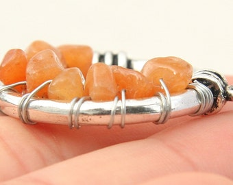 Peach Aventurine Necklace, Wire Wrapped Gemstones. Silver Circle Stone Pendant. Stone Cluster. Sterling Silver Chain