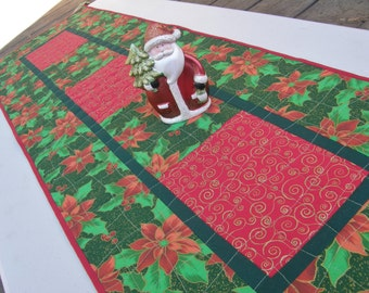 Christmas Table Runner - Classic Poinsettias and Holly