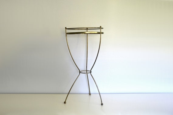 vintage metal plant stand tall mid century brass by saltandginger. Black Bedroom Furniture Sets. Home Design Ideas