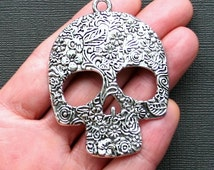 Huge Skull Charm Antique Silver Tone with Incredible Details - SC2488
