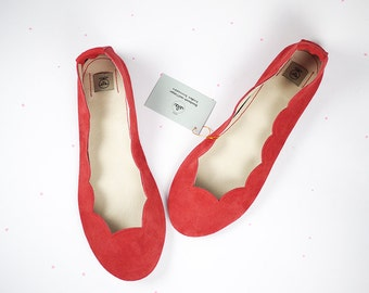 Red Soft Suede Scalloped Handmade Ballet Flats Shoes Ballerinas