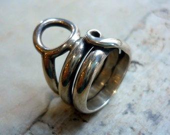 Sterling Silver Ring, Silver Wire Wrapped Ring, Organic Silver Ring, Oxidized Silver Ring, Circle Ring, Wrapped Wire Band, Statement Ring.