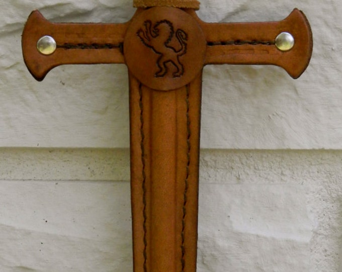 Dagger w/ LION Emblem - Handmade Leather