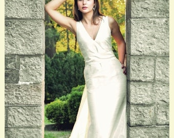 Off-white V-neck Shantung Trumpet Simple Wedding Dress