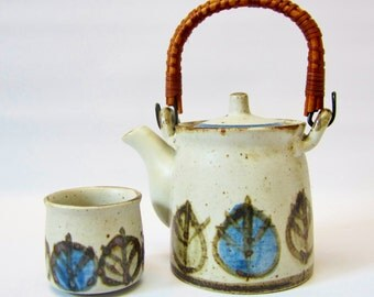 Vintage Teapot Stoneware Ceramic SINGLE SERVE Hand Decorated 1970s