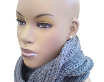MADE TO ORDER Grey chunky cowl Grey infinity scarf/ Circle Scarf/ snood/Tube Scarf/ Neck Warmer Fall and Winter fashion/Hat not included