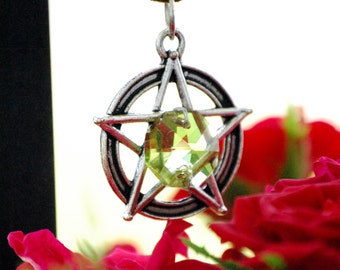 Pentagram, renaissance faire, pastel goth necklace, hedge witch, green witch, wicca necklace, samhain jewelry, elemental necklace
