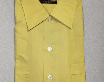 vintage 1960's -TopsAll- Men's short sleeve shirt. 'New Old Stock'. Shiny silky sharkskin batiste. Large