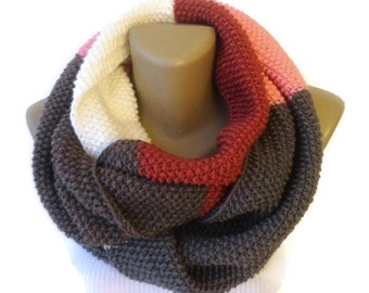 Infinity Scarf / dr Who style Scarf / Infinity Scarves /  Knit Infinity Scarf / Women Chunky Scarf / Cowl / Neckwarmer senoAccessory