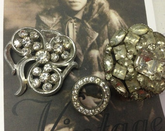 SALE! Clear Rhinestone Vintage Brooches Lot 252
