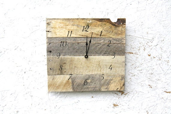 🔎zoom - Rustic Natural Reclaimed Wood Clock. No Paint No Stain.
