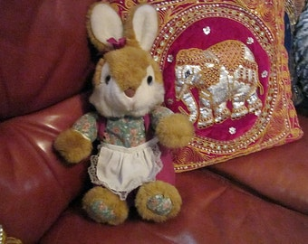 Adorable Huggable Bunny / Rabbit - 70's Vintage Collectible Item - TREASURY ITEM