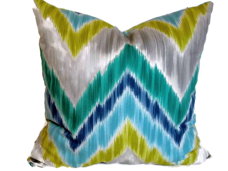 Braemore Wedgewood Blue & Grey Ikat Decorative Pillow 18x18