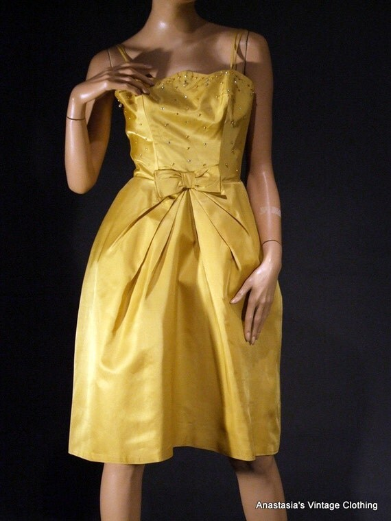 Vintage 60s Gold Rhinestne Cocktail Dress  Exc Cond, Size XS 24w