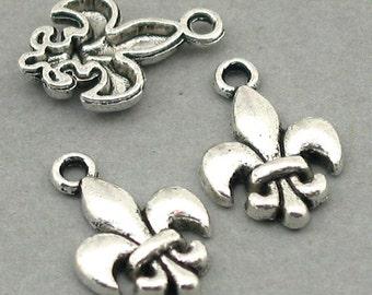 Fleur de Lis Charms Lily Flower Beads Antique Silver 8pcs base metal 12X18mm CM0434S