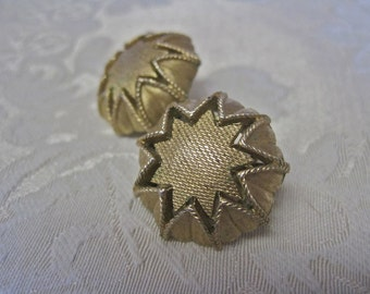 Crown Trifari Earrings Gold Tone Clip On Button Style Vintage 50s Rockabilly Atomic SUN Signed Detailed  MAD MEN