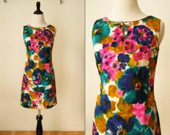 Vintage Colorful Hawaiian Dress by South Sea Fashions